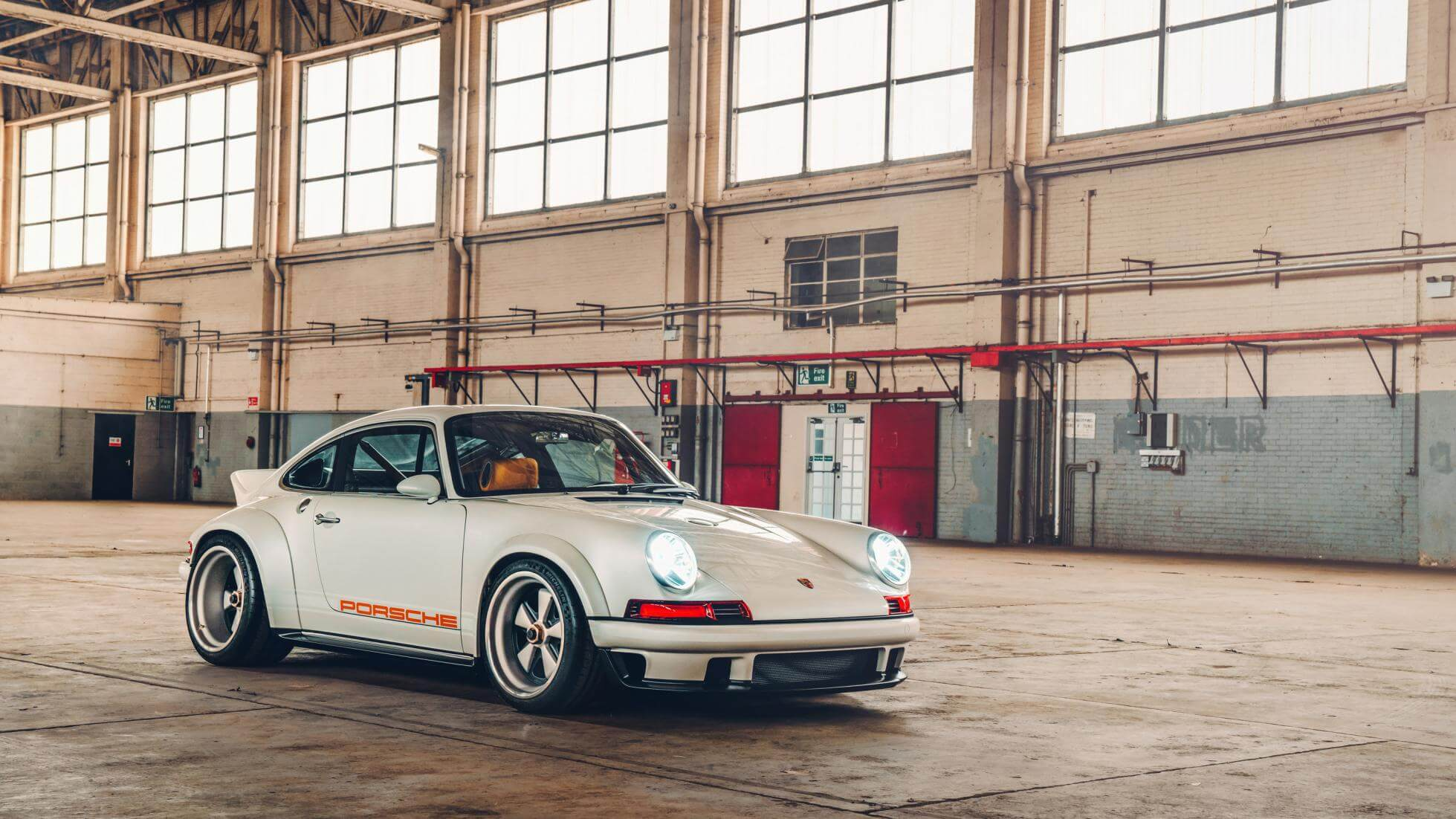 Porsche 911 - Singer Vehichle Design - Top Gear